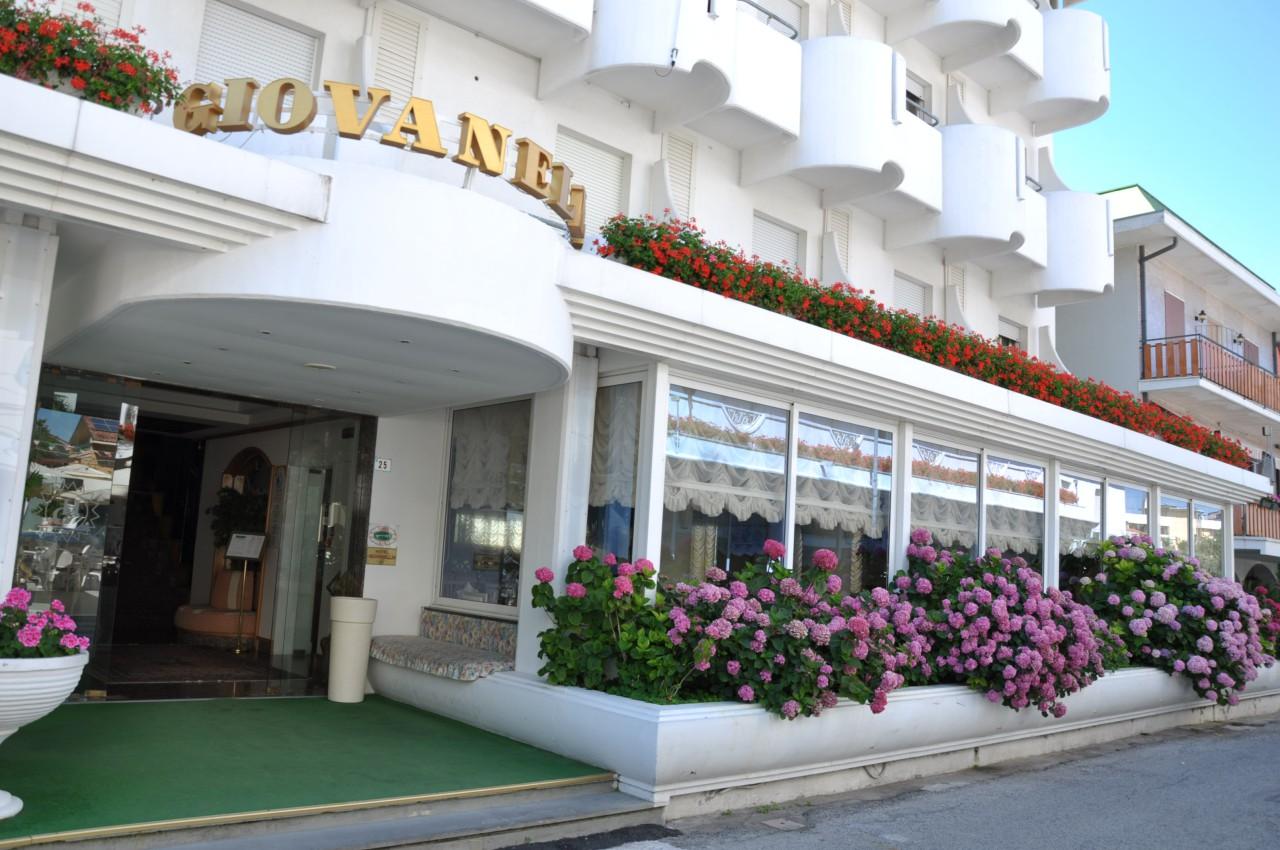 Hotel Giovanella Igea Marina Italien